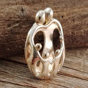 Carolyn Pollack Relios Sterling 3D Family Pendant